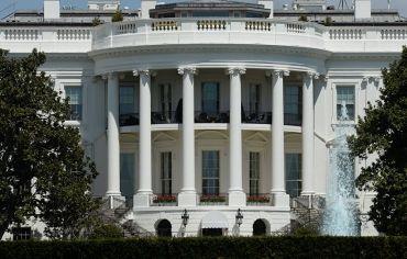 البيت الأبيض يدرس تشديد العقوبات على إيران