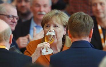 ألمانيا تتوعد تركيا بتدابير اقتصادية ردا على اعتقال ناشطين