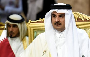 أمير قطر: نحن مدعوون لفتح اقتصادنا للاستثمار