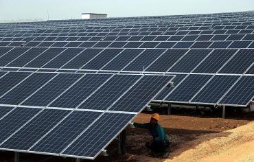 البحرين تعتزم بناء محطة طاقة شمسية بقدرة إنتاجية 100 ميغاوات