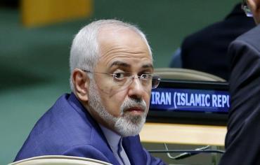 """إيران تهدد ترامب بـ""""النووي"""""""