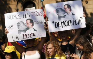 سلطات اقليم كاتالونيا تعلن ان مكاتب التصويت جاهزة لاستفتاء الاحد