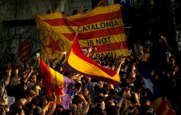 """أكبر منظمة لاصحاب العمل في اسبانيا تؤكد أن الشركات في كاتالونيا """"قلقة للغاية"""""""