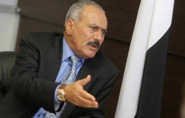 علي عبد الله صالح يكشف حقيقة تدخل السعودية لإنقاذ حياته