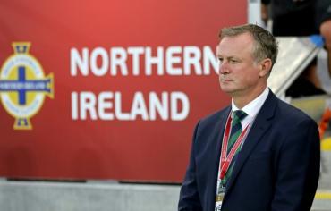 مدرب ايرلندا الشمالية يقر بالقيادة تحت تأثير الكحول