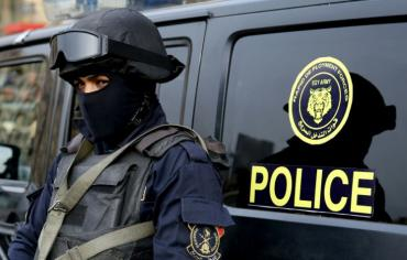 الداخلية المصرية تعلن مقتل 16 من قوات الامن في اشتباكات مع متطرفين