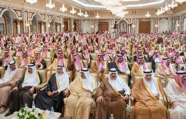 """""""الإنتربول"""" يلاحق أمراء مطلوبين بـ""""قائمة الفساد"""" في السعودية"""