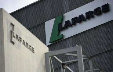 القضاء الفرنسي يتهم مسؤولين في لافارج أحدهما رئيسها السابق بتمويل الارهاب