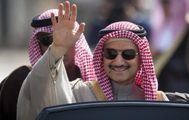 """ثمن الحرية... """"المعركة الأخيرة"""" للأمير الوليد بن طلال في السعودية"""