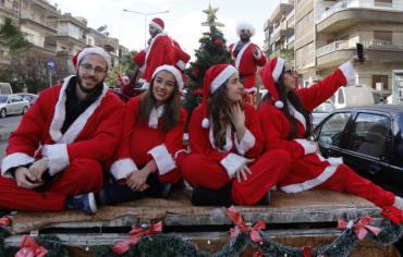 دمشق في سنة الحرب السابعة... تحيي الميلاد