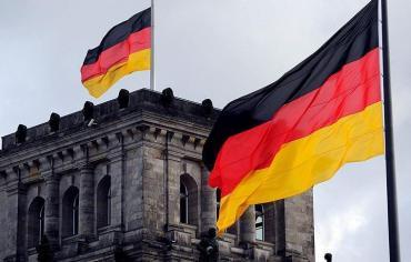 ألمانيا تبدأ لم شمل أسر اللاجئين اعتبارًا من أغسطس المقبل