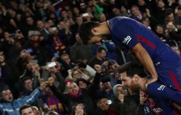 ميسي وبراعة سواريز يصنعان هدف الفوز لبرشلونة أمام الخفافيش