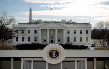 البيت الأبيض: لم نتخذ بعد قرارا نهائيا حول سوريا وجميع الخيارات على الطاولة
