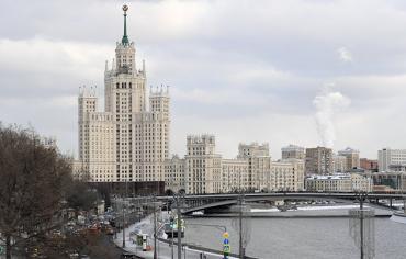 موسكو تدعو للتفكير في عواقب العمل العسكري المحتمل ضد سوريا