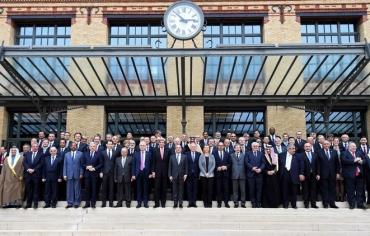 مؤتمر باريس ومفاوضات السلام التي تراوح مكانها