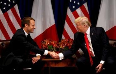 ماكرون يطالب ترامب بالالتزام بالاتفاق النووي مع إيران