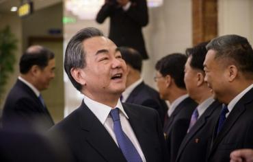 وزير الخارجية الصيني يجري محادثات في كوريا الشمالية