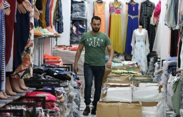 الاردنيون يعلقون آمالا على إعادة فتح الحدود السورية لإنعاش الاقتصاد