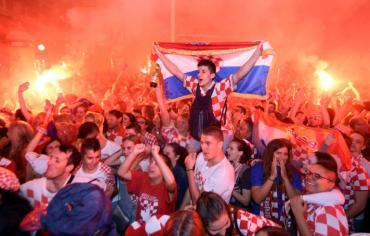 """مونديال 2018: فرحة عارمة في كرواتيا بعد تحقيق """"معجزة المعجزات"""""""
