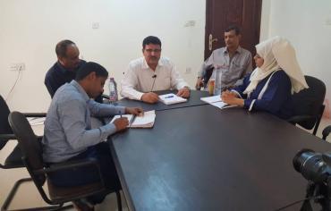 الفريق الحقوقي للقوى المدنية و رابطة اسر ضحايا الإرهاب يلتقي رئيس اللجنة الوطنية