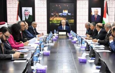 الحكومة الفلسطينية تدعو لتكثيف التواجد في الخان الأحمر