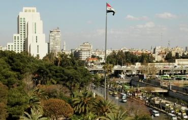 فارس كرم …يبهج ليالي دمشق الباردة